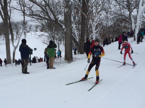 Brian Bettes coasts into the final hill.