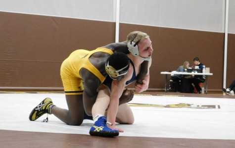 Eagle Grapplers Steamroll Prior Lake