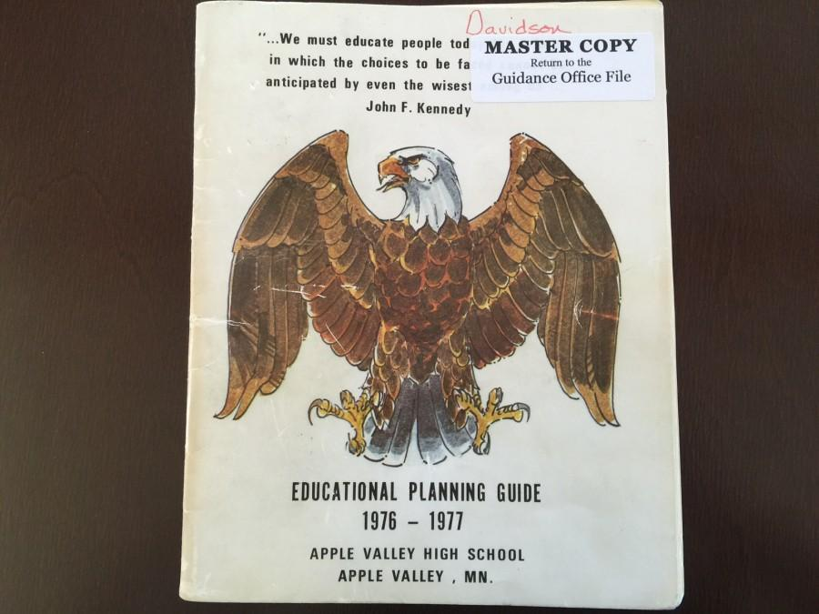 Cover of the 1976 AVHS Registration Guide
