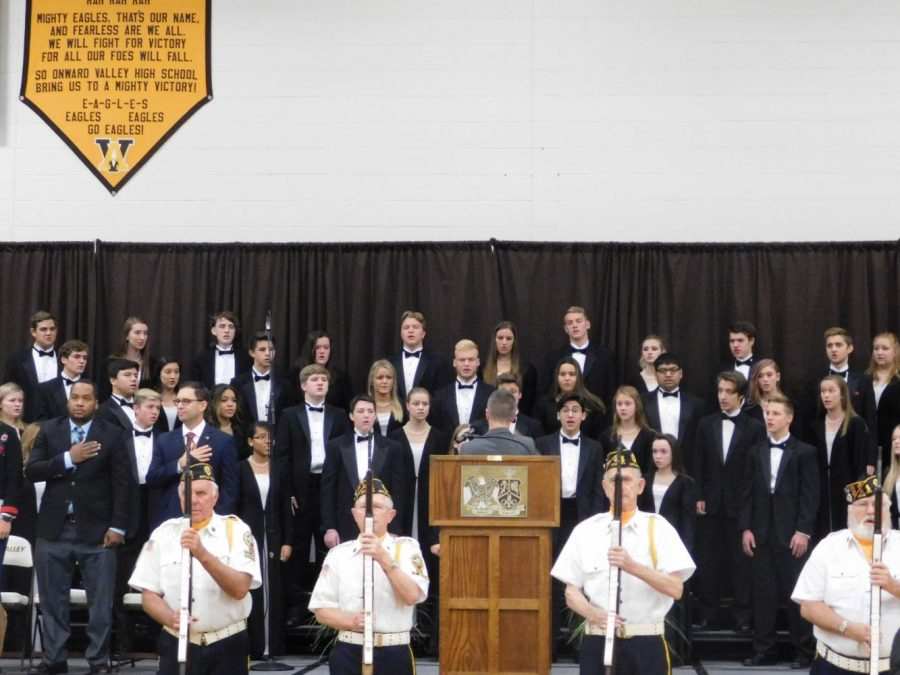 Valley Select Chorale performs the Star Spangled Banner.